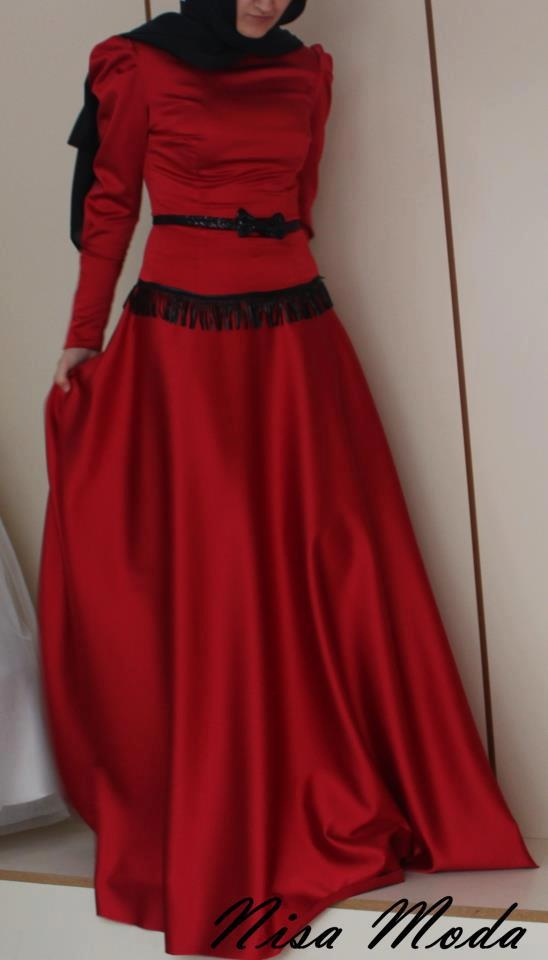 RED RED #HIJAB