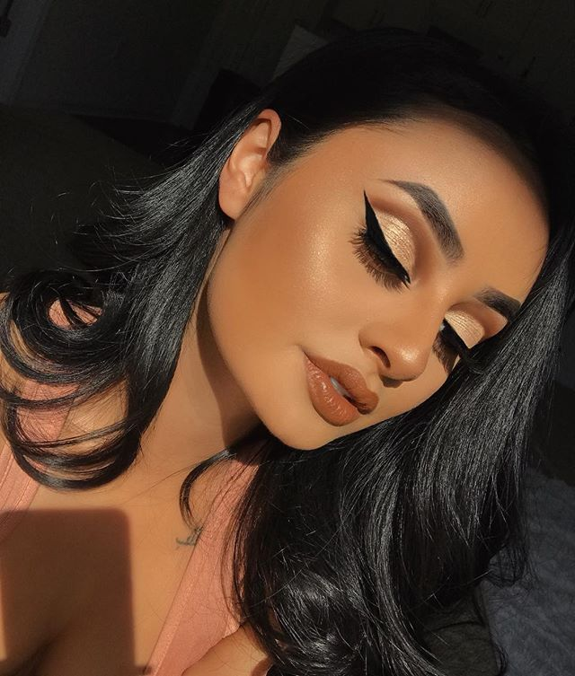 "10.3k Likes, 90 Comments - Dawn K. ✨ (@dawn.kirkland) on Instagram: ""Makeup looks  _______ Face: @urbandecaycosmetics all nighter foundation in shade 7.5…"""