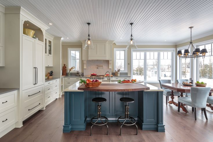 http://blog.astrodesigncentre.com/kitchen-of-the-week-elegant-farmhouse