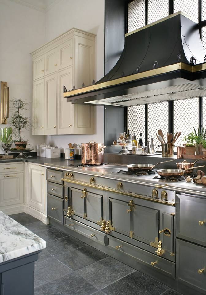 17 best ideas about la cornue on pinterest black marble countertops black range hood and - La cornue kitchen designs ...