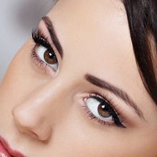 @isabellegeneva Silk eyelash extensions