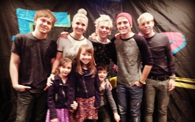 18 best r5 and fans images on pinterest meet vip and laura marano r5 funny pictures r5 meet and greet m4hsunfo