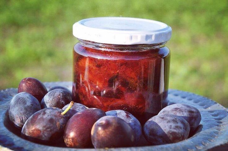Preserved Plums in Whiskey