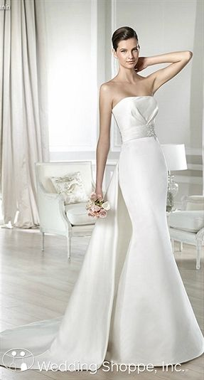 White one bridal gown janin bridal gowns in minneapolis for Wedding dresses st paul mn