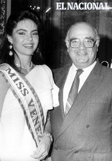 Bárbara Palacios Miss Universo 1986, con el presidente Jaime Lusinchi. Caracas, 13-05-1986 (ARCHIVO EL NACIONAL):