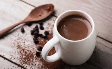 CHOCOLATE QUENTE COM GENGIBRE