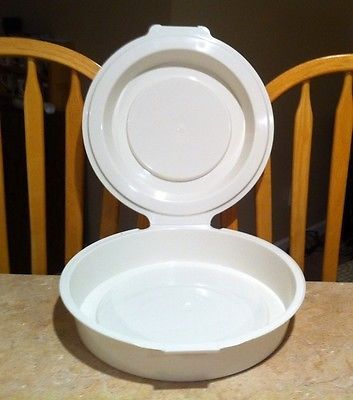 pyrex plastic pie keeper taker plate carrier domed w