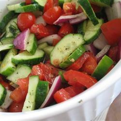 """Crispy Cucumbers and Tomatoes in Dill Dressing 