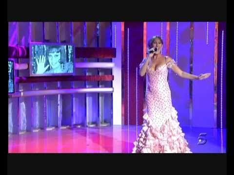 """Sandra Cabrera """"La virgen de la Macarena"""" - YouTube"""