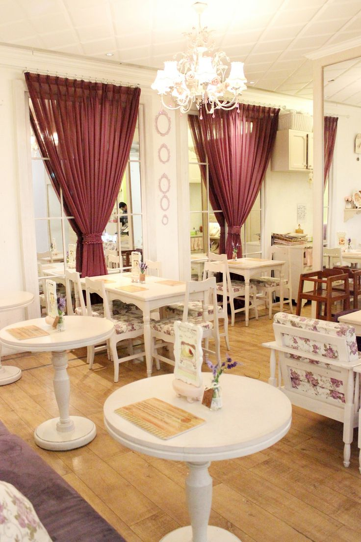 Nanny's Pavillon - Kimberly's Room Plaza Indonesia Level 2, Jakarta