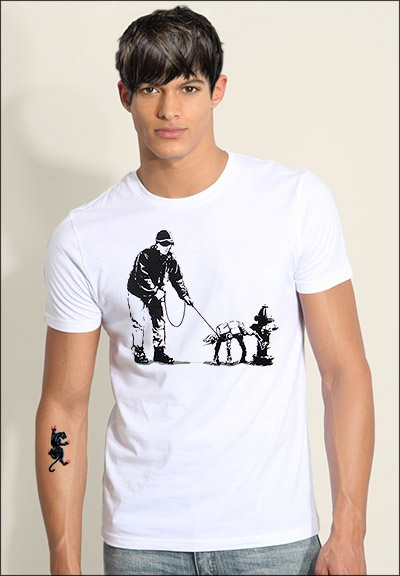 The AT-AT Pee Tee Size: S-XXL Price: €12
