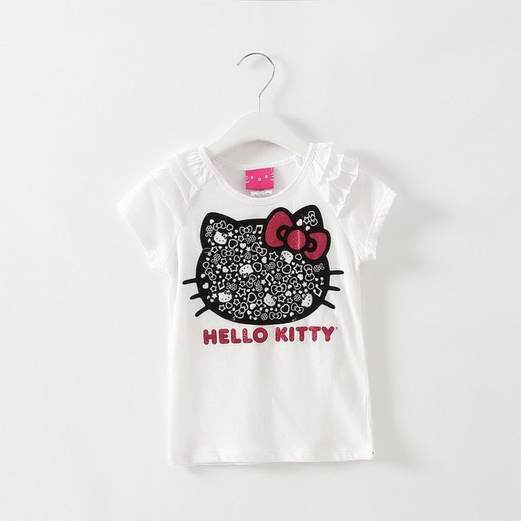 Girls Hello Kitty T Shirt.