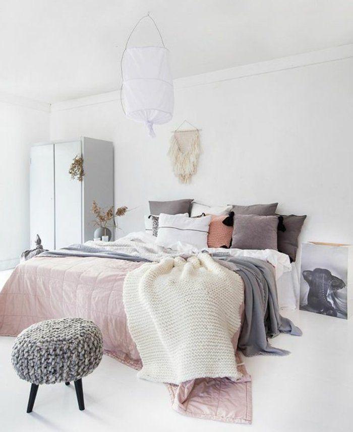 lit comme point focal suspension scandinave diy armoire blanche sol et murs blancs - Chambre Scandinave Blanche