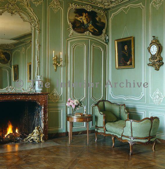 The ornate green painted boiserie in the salon is for Boiserie dwg