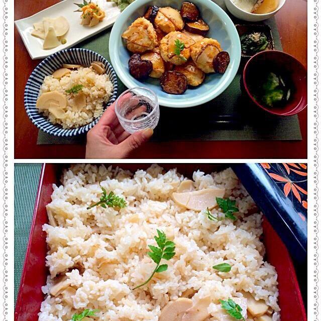 Steamed rice w/bamboo shoots✨筍ご飯by mom  味見で鯖の柚香煮と母が作ってくれた筍ご飯と小松菜のお浸し 「1口目からおかわりのことで頭がいっぱいだぁヽ(´∀`)ノ」 本だし活用術でごろx2筍でも作らなくっちゃ チビ〜ズも大喜びあっという間の完食第二弾は下処理から頑張ろう(*≧艸≦) - 79件のもぐもぐ - Today's Dinner筍づくし✨お刺身・雲丹和え・揚げ物・豆腐つくね・炊き込みご飯・あおさとお吸い物 by honeybunnyb