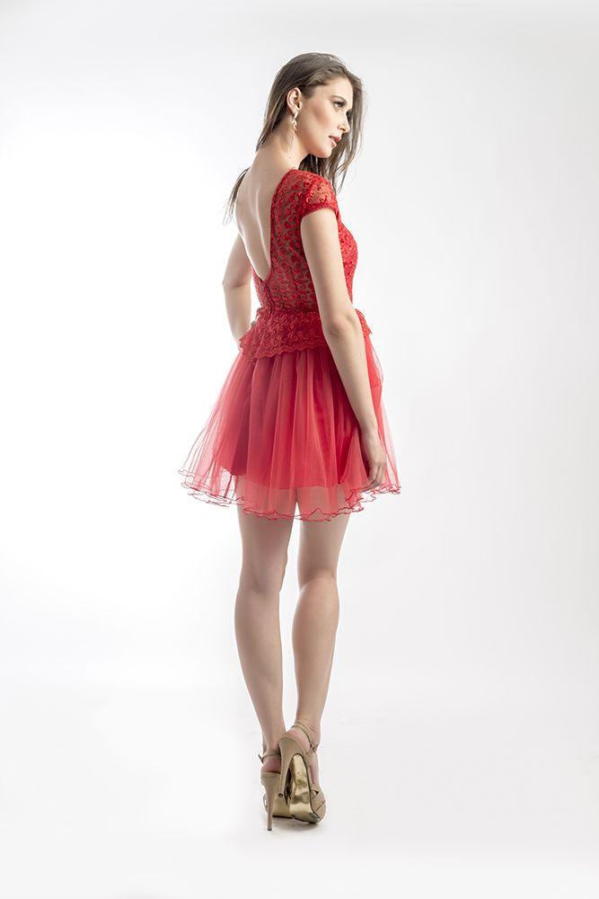 Frilly Poppytul Dress by Mireli24 Vara aceasta poti fi o divă în rochia Poppytul Dress by Mireli24 la evenimentele tale speciale. Rochia este realizata dintr-un material de culoare roșie, culoarea eleganței, rochia căzând lin pe formele trupului tau. O puteti achizitona apasand pe link-ul de mai jos: http://goo.gl/3oPikC