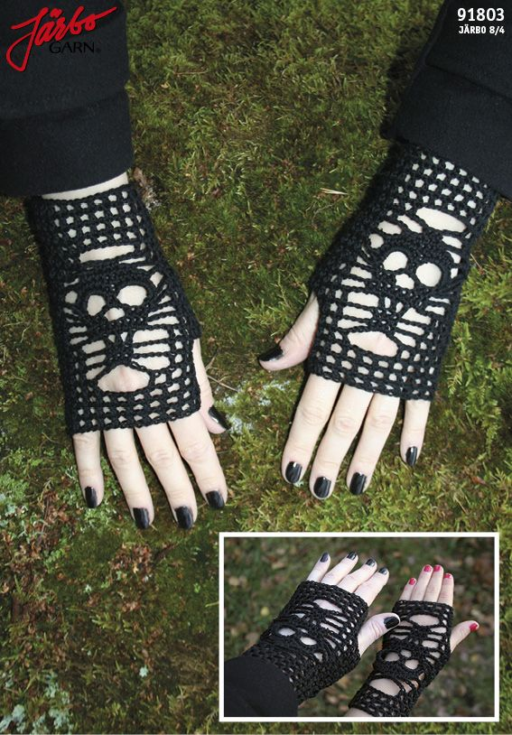 Crochet skull gloves. Free pattern in Swedish, Danish and Norwegian on our website.
