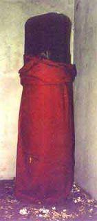 http://shiva-sunny-raj.blogspot.ae/2013/07/rare-images-of-shiva-linga.html