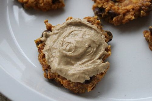 Give yourself a healthy treat by whipping up a batch of these pumpkin oat carob chip cookies. Top with a little of the pumpkin protein spread for a more indulgent — but healthy — dessert!