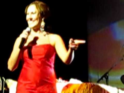 Sandra Cabrera - Fandangos - Madrid Teatro La Latina (3-11-11) - YouTube
