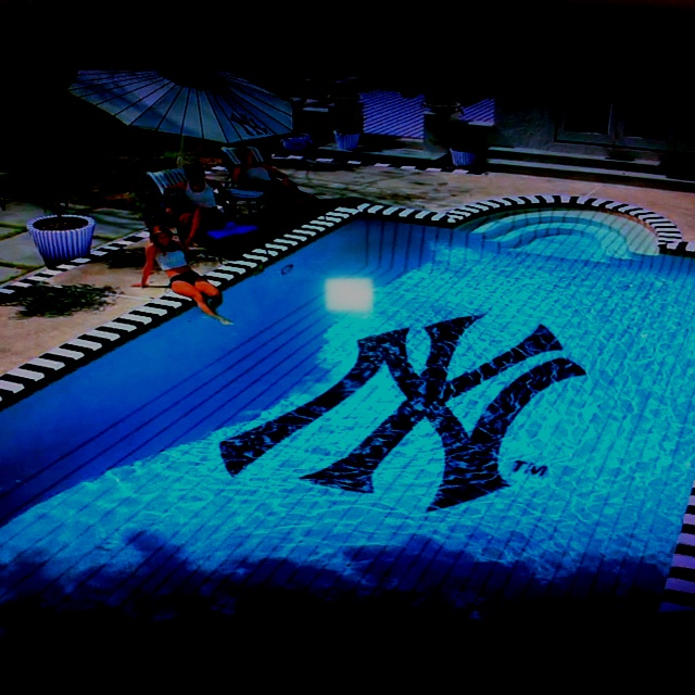 Yankee Swimming Pool. Love ...Yankes Pools, Dreams House, Nyy Pools, York Yankees, Ny Yankes, York Yankes, Nyy Poolthi, Dreams Pools, Baseball Yankes
