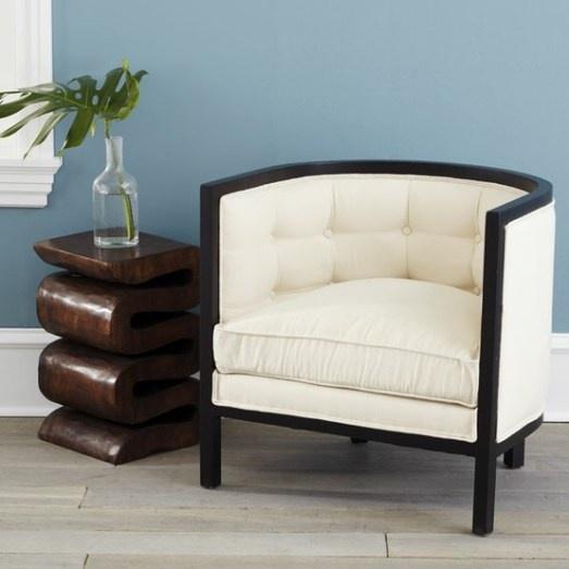 barrel chair  http://blackfrontdoors.wordpress.com
