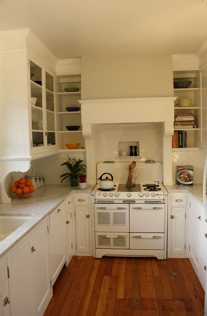Small U Shape Kitchen ~ White Cupboards and Stove