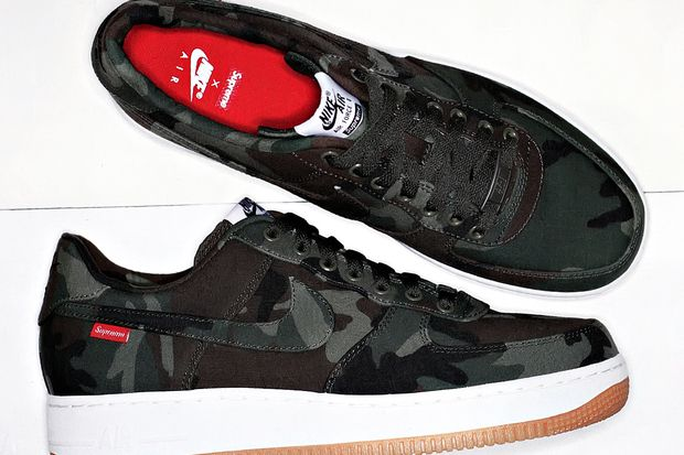Supreme Nike Air Force 1