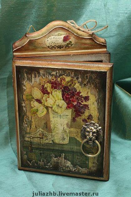 """Ключница """"Цветы из старого сада"""" - ключница,фреска,кракелюр,подарок,дерево"""
