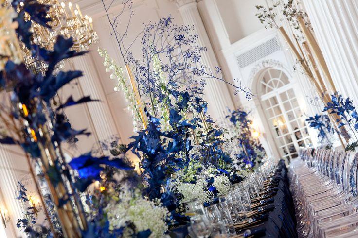Navy Blue Wedding Reception in Rydzyna Castle by artsize.pl