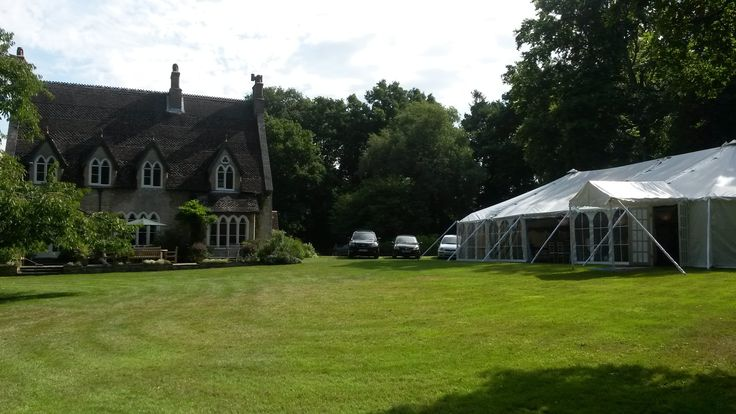 Southern Marquees provided a beautiful  marquee for a wedding in the grounds of Bradgate Manor in Netley Abbey, Hampshire.