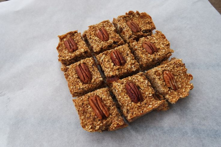 Speculaas haver repen > havermout, appelmoes, pecans, dadels, quinoa, speculaaskruiden
