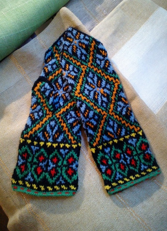 Colorful Latvian traditional mittens