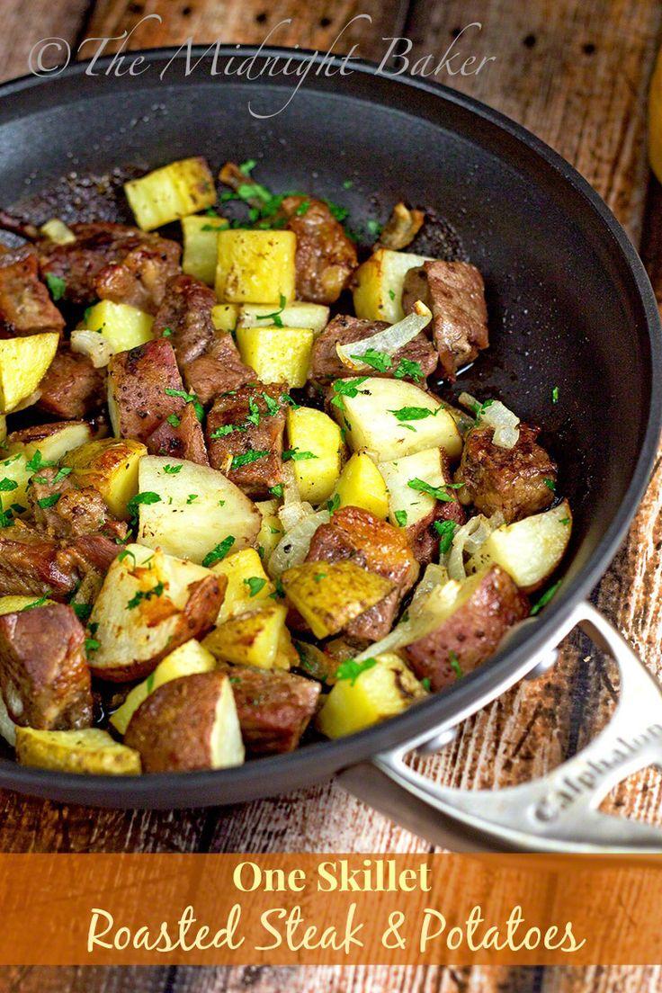 One-Skillet Roasted Steak & Potatoes   bakeatmidnite.com   #beef #roastpotatoes #onedishmeals