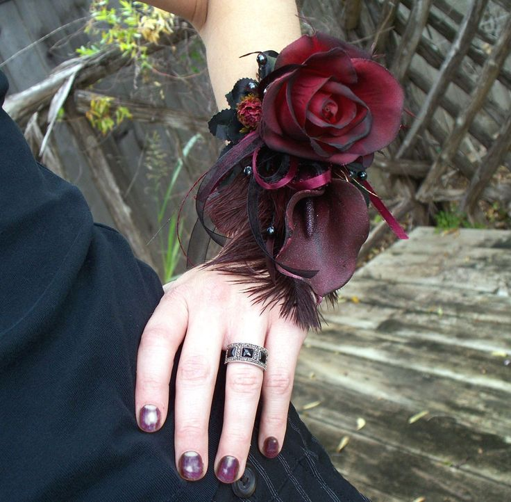 Lily & Rose corsage: Wrist Corsage, Zombies Prom, Floral Design, Calla Lilies, Halloween Zombie, Flower Arrangements, Prom 2014, Prom Flower, Style Fashion