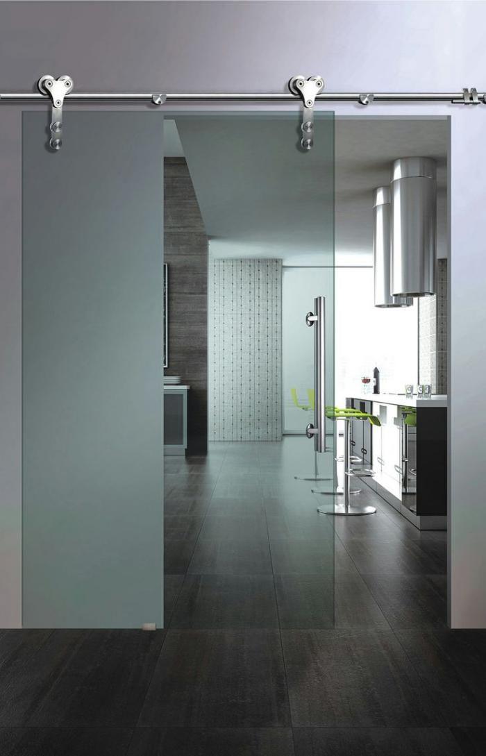 porte coulissante en verre, porte vitrée d'intérieur, design épuré