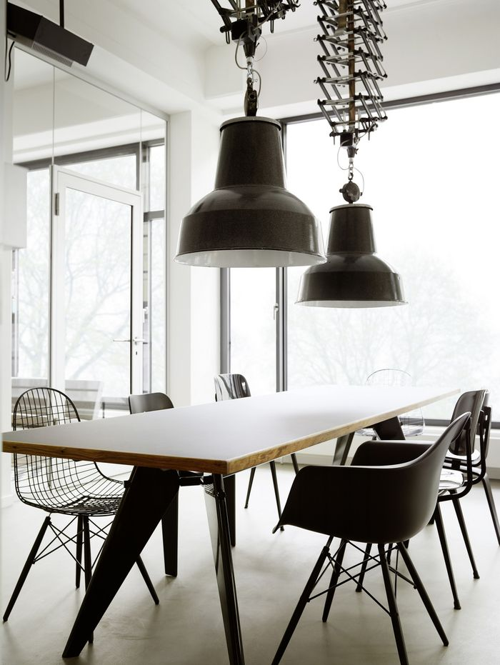 1000 images about industrial office interiors on pinterest hamburg new london and offices. Black Bedroom Furniture Sets. Home Design Ideas