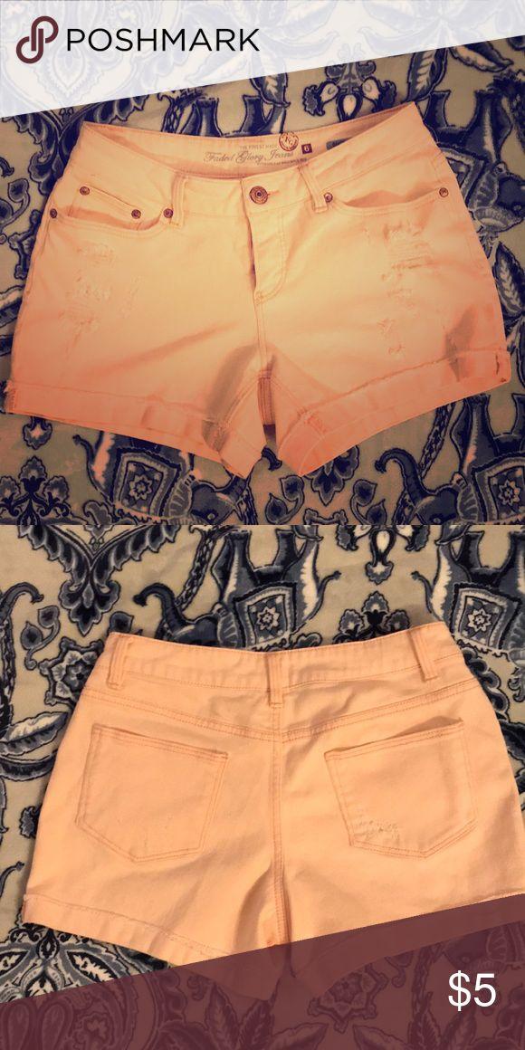 High waisted denim Light peach shorts size 6 High waisted denim Light peach shorts size 6 Faded Glory Shorts