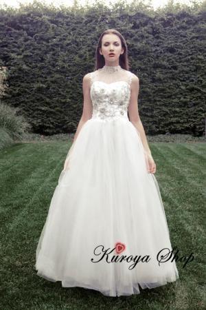 アメリカンスリーブのウェディングドレス、nadine25