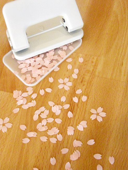 naonanigashi: 底を開ければ桜が満開。SAKURA PUNCH(サクラパンチ) - まとめのインテリア / デザイン雑貨とインテリアのまとめ。