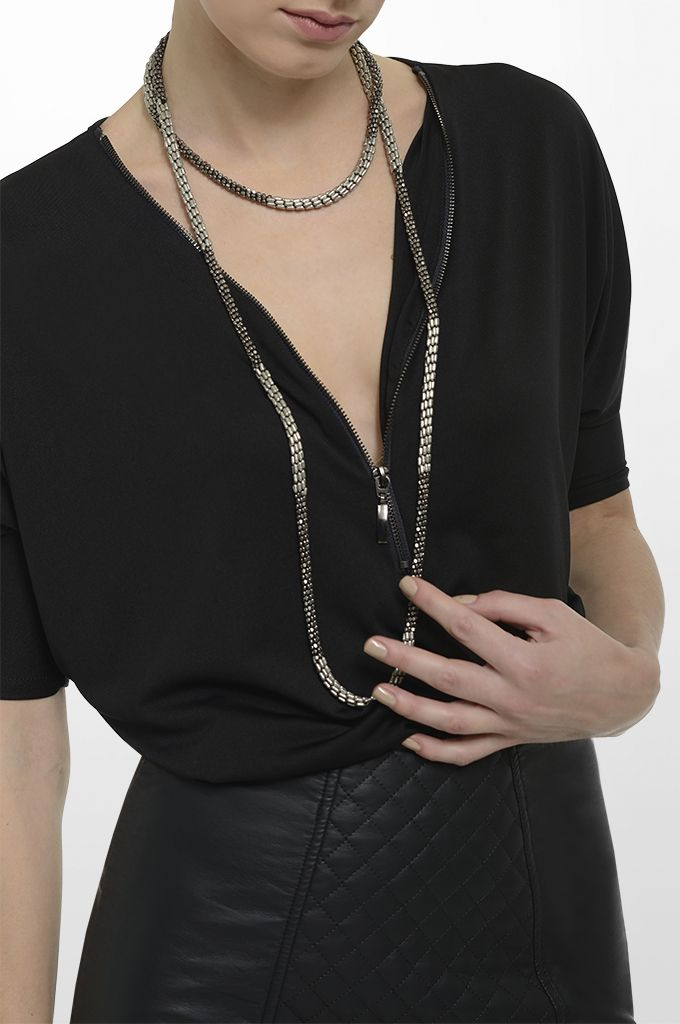 Sarah Lawrence - jersey blouse with zipper, leatheret pencil skirt, long layer necklace.