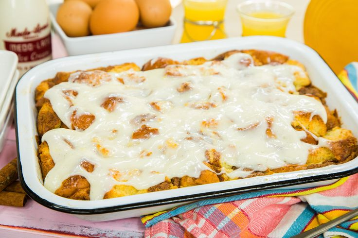 A sweet treat thats warm and gooey! Cinnamon Roll Breakfast Bread Pudding by Chef Jeff Mahin! Don't miss Home & Family weekdays at 10a/9c on Hallmark Channel!