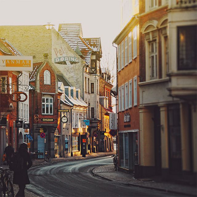 Odense. by Chaulafanita [www.juliadavilalampe.com], via Flickr