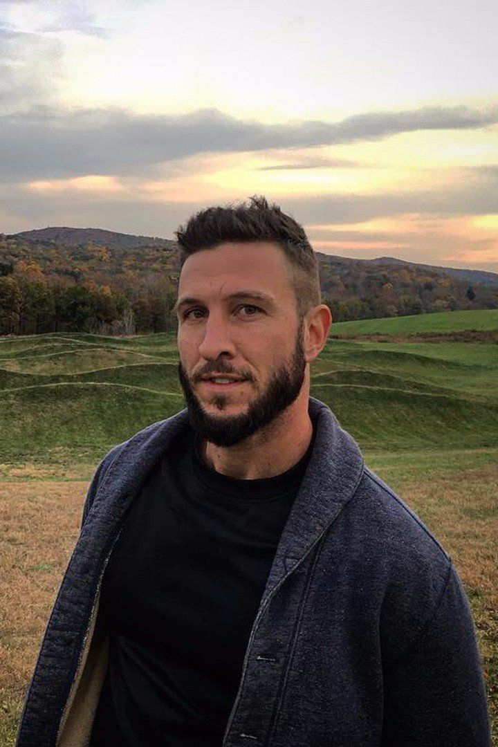 We Need to Acknowledge Pablo Schreiber's Smoldering New Look in Real Life