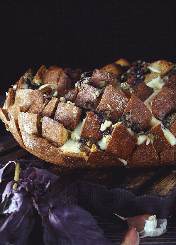Garlic Bread Cinemagraphs Animated Photograpy On Behance - Mesmerising food cinemagraphs