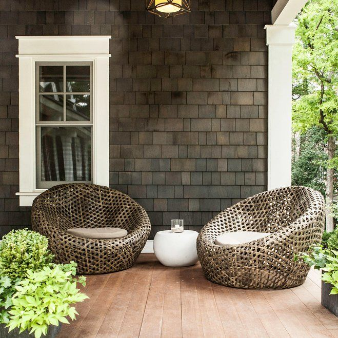 Make Your Small Patio Feel Bigger! Utilize every square inch of outdoor space with our five tips. Whether it's a tiny patio, a narrow deck, or an apartment balcony, with the right tools you can create a functional and enjoyable outdoor space. Check out our no-fail tricks to help your patio reach its potential.