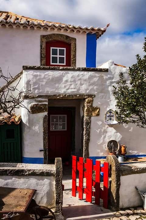 Casas recuperadas Aldeia da Mata pequena Fotografia: Sidónio Ginja