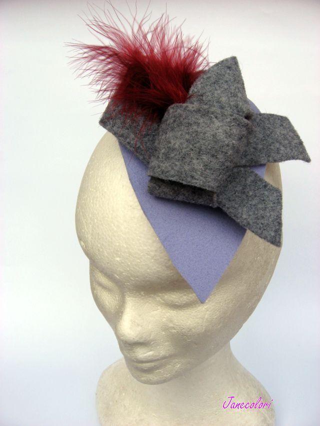 Hat Fascinator stile vintage, Minicappello con piuma : Accessori per capelli di janecolori-accessoires