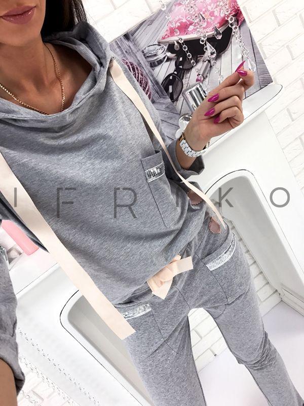 Shopogolichka _i Instagram