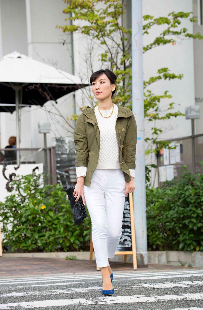 ピュア白コーデにミリタリージャケットで辛さをプラスした休日スタイル#fashion #coordinate #ファッション #コーデ